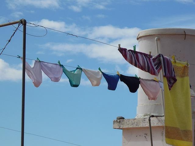 underwear-687415_640
